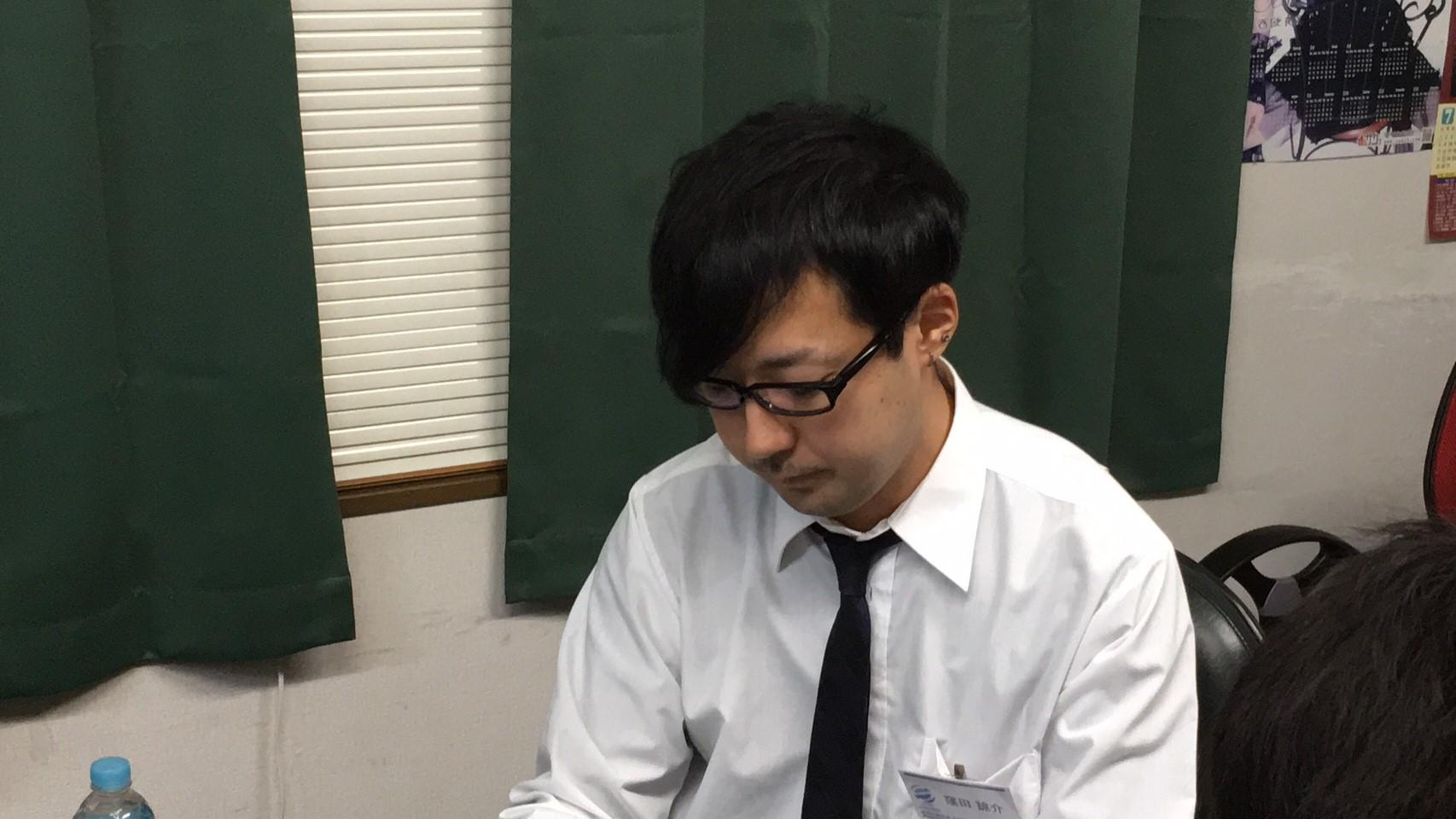 窪田 諒介